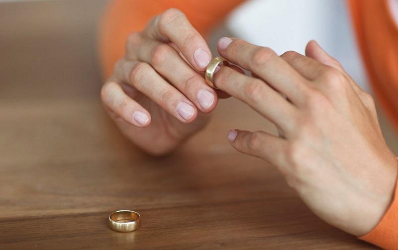 طلاق غیابی از طرف زن