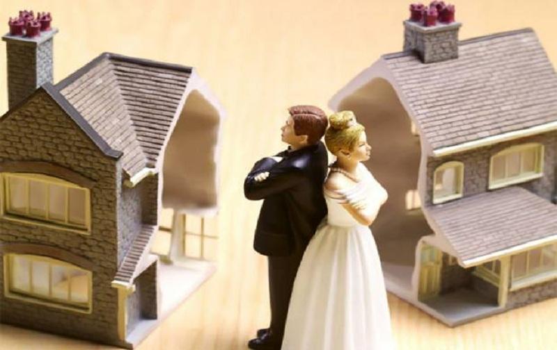 تفاوت طلاق رجعی و بائن